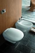 WC solja OVUM konzolna Reflex *L43100