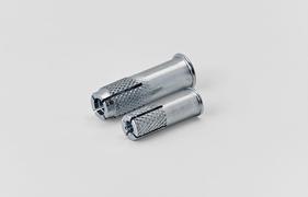 Tipl metalni M 10